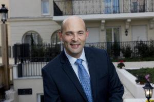 Xavier Rouy Directeur des Résidences Services Villa Médicis - Location résidence senior