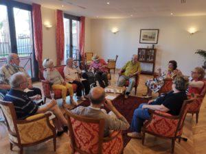 La résidence sénior Trouville : Les résidents se retrouvent en respectant les gestes barrières