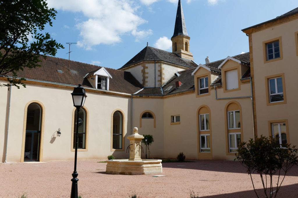 Bienvenue à la Résidence Villa Medicis Paray Le Monial - Résidence senior Paray-le-Monial