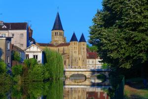 Découvrez la ville Paray-le-Monial avec la Résidence Villa Medicis Paray Le Monial