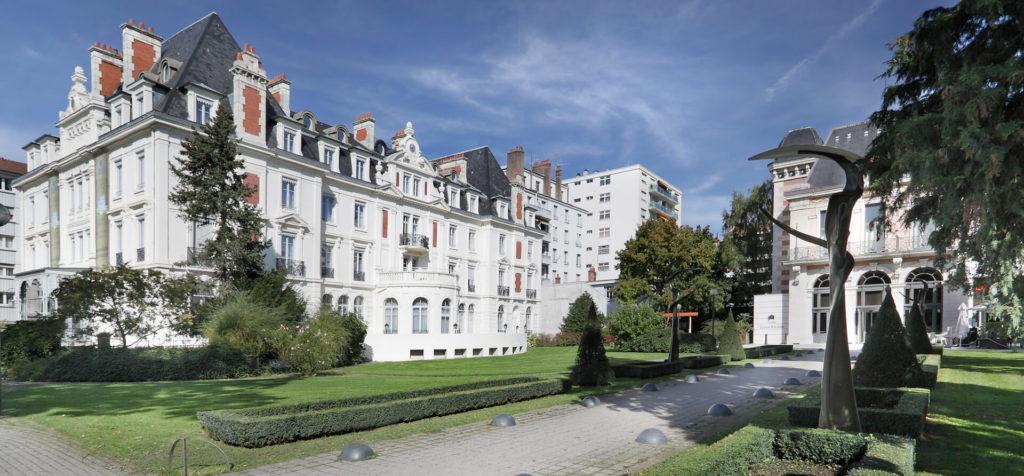 Vue extérieure de la Villa Médicis Besançon