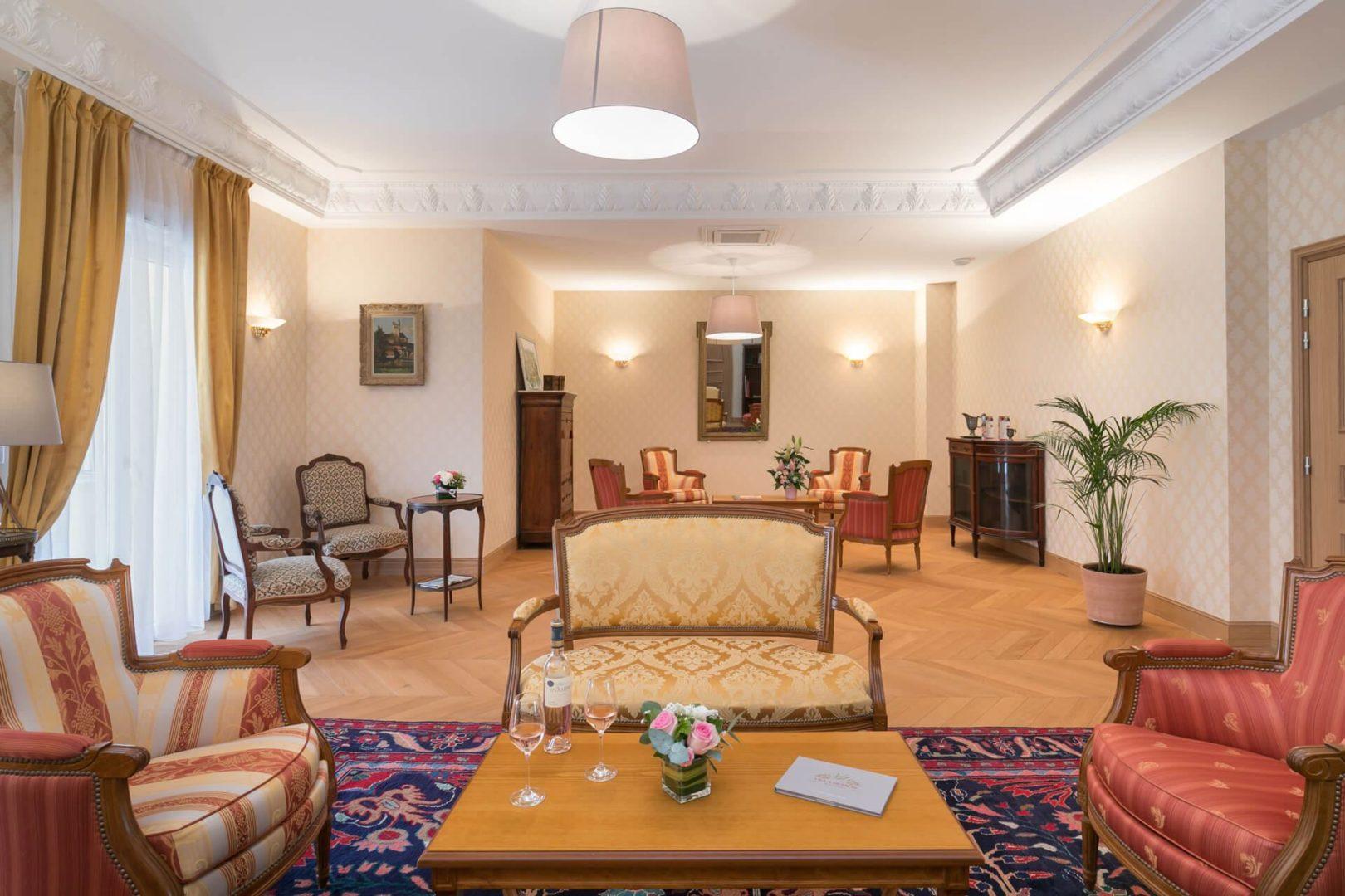 salon de Résidence senior Puteaux