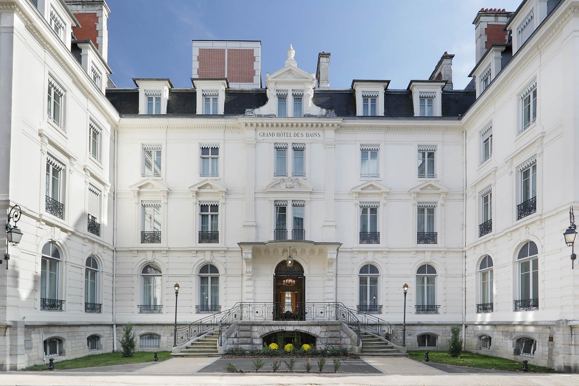 Escalier et Entrée Résidence senior Besançon