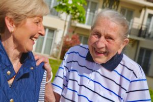 Qui peut habiter en résidence senior ? Tout le monde
