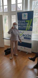 Une de nos résidentes de la Villa Médicis Autun après sa vaccination contre la COVID-19